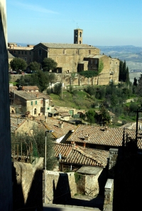 View of the town of Montalcino (Photo ©Tom Hyland)
