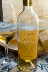 Moscato di Noto from Sicily, Planeta (Photo ©Tom Hyland)